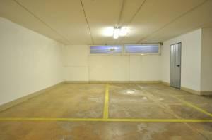 Vendita garage a Roana